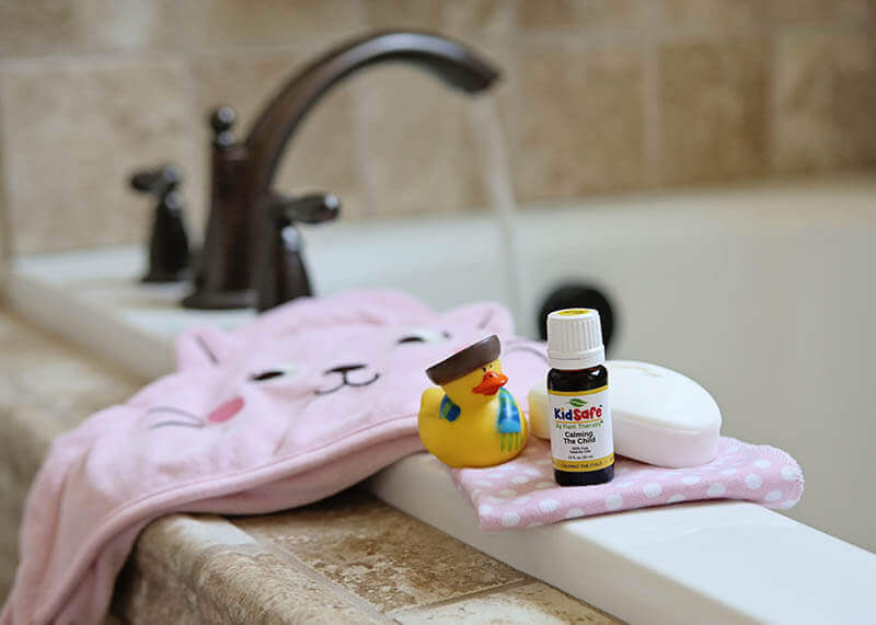 calming-the-child-bath-lifestyle-photo-2