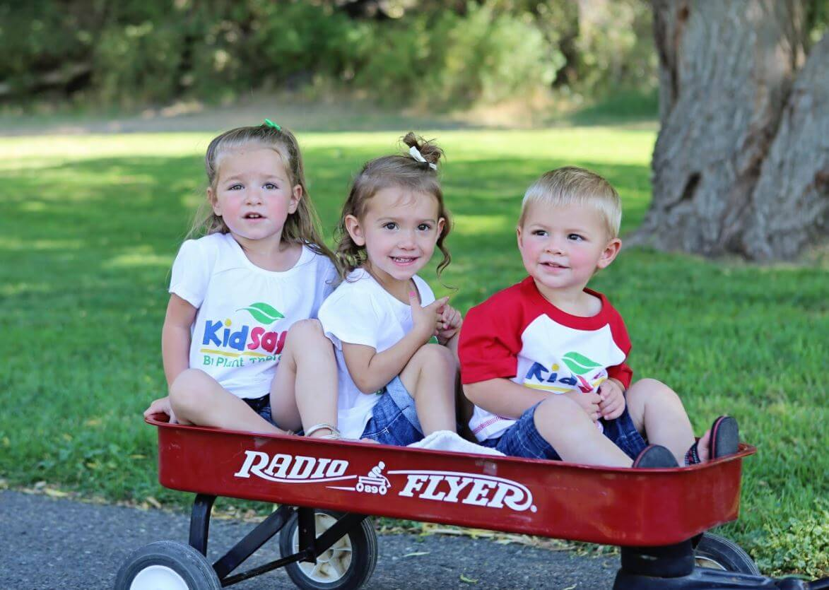 safe essential oils for kids in a wagon