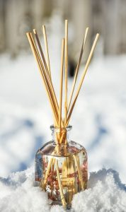 Reed diffuser for essential oils