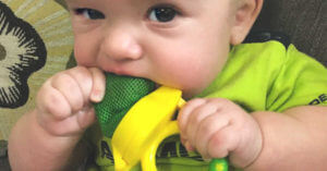 Teething and Essential Oils: A Definitive Guide